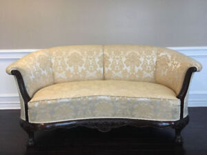 Antique solid wood Mahagony couch