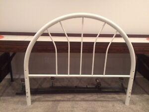 White metal headboard for double bed with 6 leg metal frame