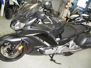 New Yamaha FJR 1300 ES sport touring bike