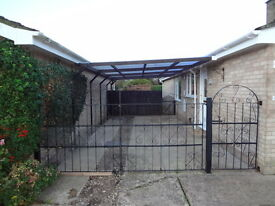 Pair of decorative double and one single gate mild steel spanning 4m will sell seperatley