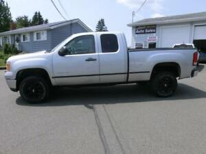 2012 GMC Sierra 2500 HD extcab 4x4 6.0 litre FINANCE $210. BIWKL