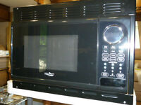 2015 New High Pointe Microwave Oven