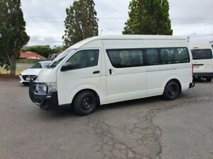 2011 Toyota HiAce KDH223R MY11 Upgrade Commuter White 5 Speed Manual Bus Wilsonton Toowoomba City Preview
