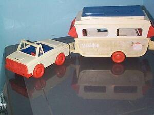 vintage hasbro romper room weebles pop up camper and car Belleville Belleville Area image 2