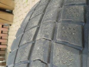 4 pneus hiver et 4 pneus été