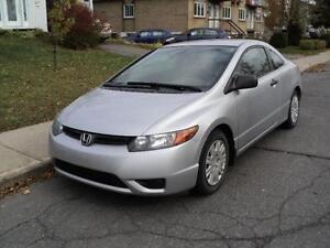 2006 Honda Civic, TOIT OUVRANT, PROPRE, ECONOMIQUE