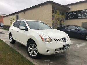 2010 Nissan Rogue SL ***VERY VERY LOW KMS/AWD***
