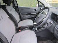 Renault Captur 1.5 Dynamique S MediaNav DCi 90 Energy Turbo Diesel EDC Auto (black) 2014