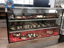 Cake/Cafe display Narre Warren South Casey Area Preview