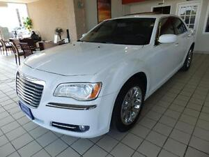2014 Chrysler 300 Touring PANORAMIC ROOF BACK UP CAMERA