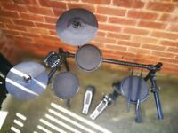 Electric drum kit (Alesis)