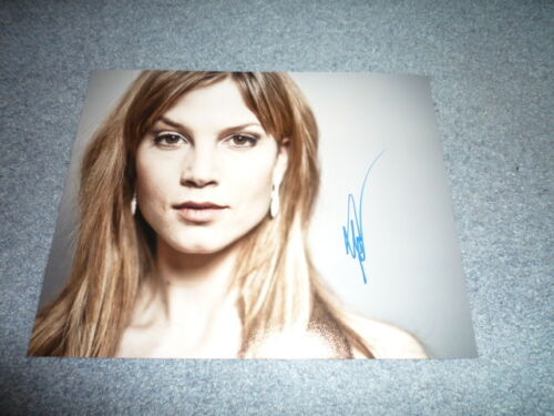 SYLVIA HOEKS sexy signed  Autogramm In Person 20x25 cm