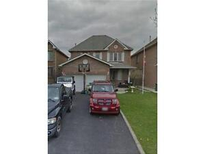 Two Storey house in Stoney Creek