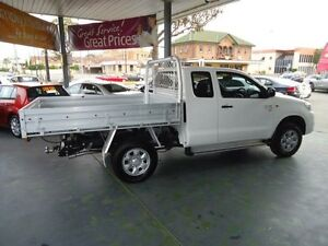 2012 Toyota Hilux KUN26R MY12 SR White 5 Speed Manual 2D CAB CHASSIS Hamilton Newcastle Area Preview
