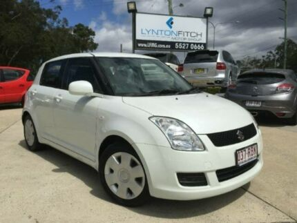 2010 Suzuki Swift RS415 GLX White 5 SPEED Manual Hatchback Southport Gold Coast City Preview