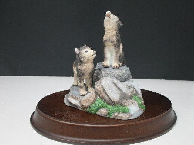 "LENOX Fine Porcelain ""Wolf Pup Den"" 1994 Retired"