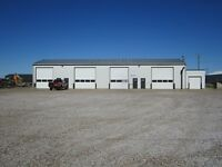 4 Bay shop in Taber's Industrial area.  5217-64th Ave