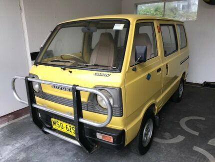 1ecb1947b9 Suzuki Carry 1984 ST90 near New condition Genuine 75K on Clock