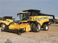 2014 New Holland CX8080 Combine - 464hrs, 30 mos interest free