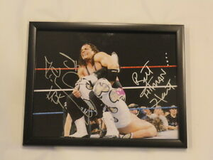 BRET-THE-HITMAN-HART-SHAWN-MICHAELS-SIGNED-FRAMED-11X14-LEGENDS-WWF-WWE-PROOF