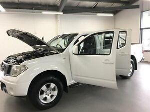 2010 Nissan Navara D40 ST (4x4) White 6 Speed Manual Dual Cab Pick-up Frankston Frankston Area Preview