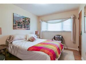 Gorgeous home with furniture for sale in Westmount area Kitchener / Waterloo Kitchener Area image 9