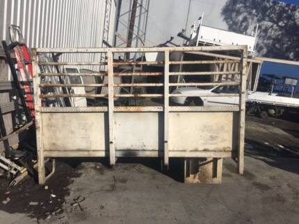 Ford Trader 1994 or Mazda Truck Tray