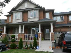 Well Kept Family Size 3 Bdr Townhouse In Richmond Hill