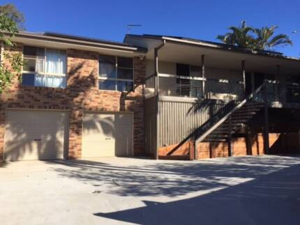 Extra Large Room available – 3km to Plaza, Alex and Mooloolaba