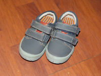 Kids Trainers size 6