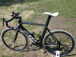 Vélo de route Felt Performance AR2