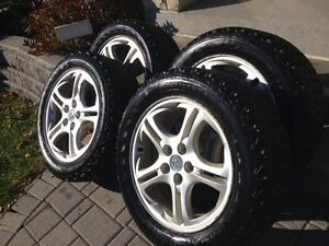 "Staggered winter tires with Hyundai rims p225/50r  p225/55r 17"" Cambridge Kitchener Area image 7"