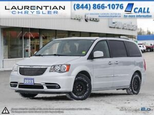 2011 Chrysler Town & Country -BLUETOOTH, BACK-UP CAM, REAR HEAT!