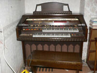 EMINENT THEARTRE 2000 ELECTRONIC ORGAN