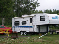 24' 5th Wheel In Immaculate Shape