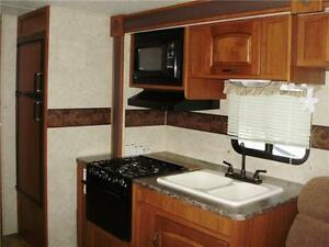 **$115 b/w (oac)** 4919 lbs, TRIPLE BUNKS, SLIDE, EXT KITCHEN! Edmonton Edmonton Area image 10