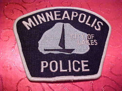 MINNEAPOLIS MINNESOTA POLICE PATCH SHOULDER SIZE UNUSED  m