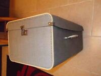 Old 1930s-1940s Ladies vintage suitcase, unusual side hinged