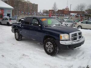 2005 Dodge Dakota SLT ***4x4***