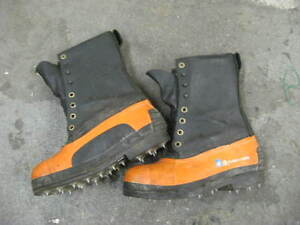 Rubber/leather Caulk Boots Size 8 (Mens) Good Used