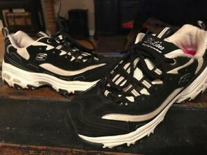 size 7 sketchers