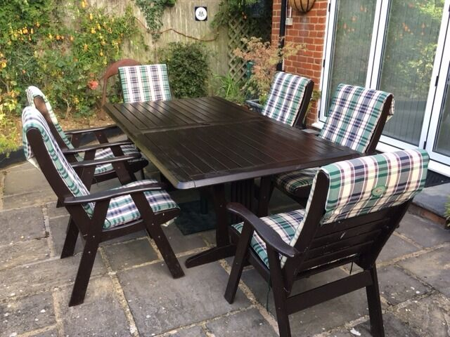 Outdoor Dining Table By Clarecraft  Carver Chairs All Hardwood Covers