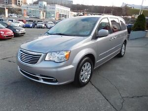 2014 CHRYSLER TOWN & COUNTRY REDUCED....was $19,980 now $16,980