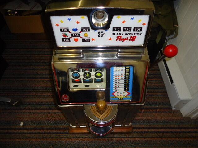 VINTAGE JENNINGS 25 CENT TIC TAC TOE SLOT MACHINE  - BEAUTIFUL & ORIGINAL