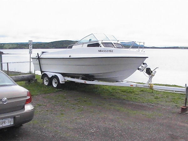 1997 Boston Whaler crusser