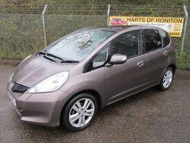 Honda Jazz 1.4 ES Plus i-VTEC 5DR CVT Auto (urban titanium) 2014