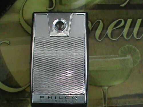 Philco  6 Transistor Radio Model NT602 with Case for parts or Repair