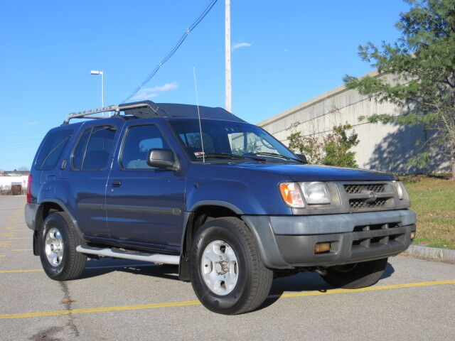 2000 Nissan Xterra  For Sale