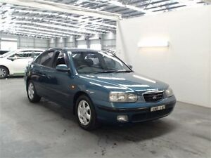 2002 Hyundai Elantra XD GLS Blue 4 Speed Automatic Sedan Beresfield Newcastle Area Preview