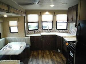 2017 Puma 39BHT 2 bedroom Park model Trailer - 3 power slideouts Stratford Kitchener Area image 4